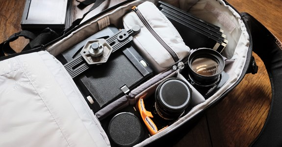 Packing a Wista VX into a Lowepro Flipside 400 AW II