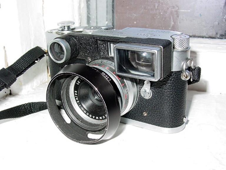 Leica M3 with 35mm Goggled Summaron.