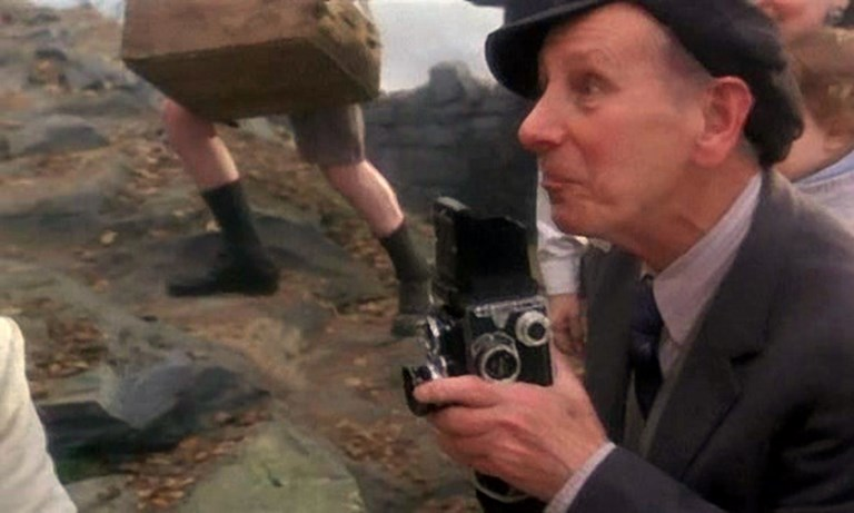 Camera in James And The Giant Peach - 1