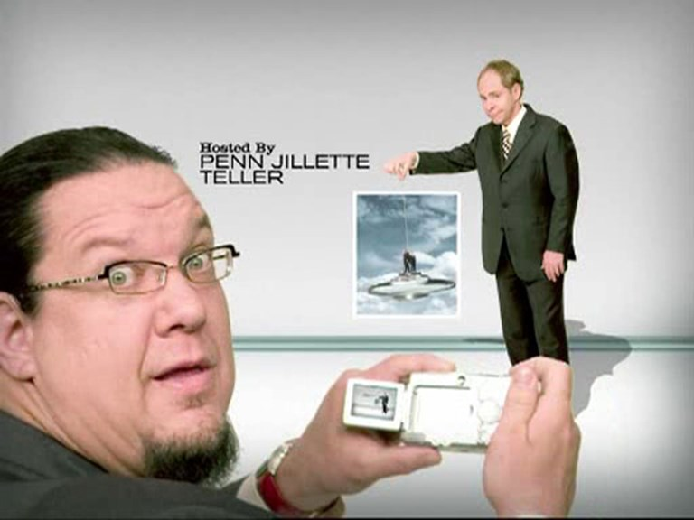Penn Jillette with a Digital Camera