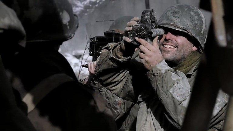 Press Cameras in Movies - Band of Brothers (2)