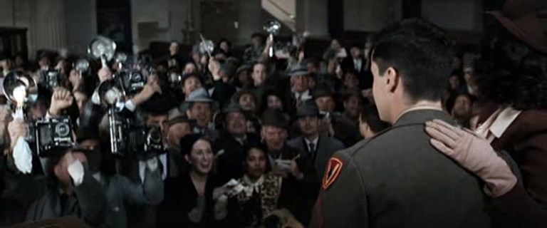 Press Cameras In Movies - Flags of our Fathers (1)