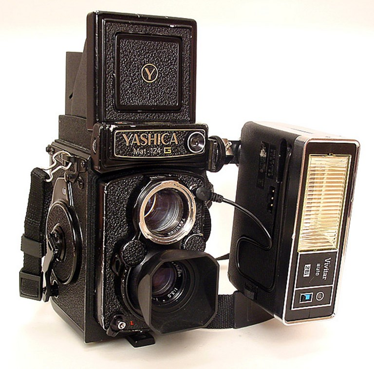 Yashica Mat 124G with Vivitar 281 Flash
