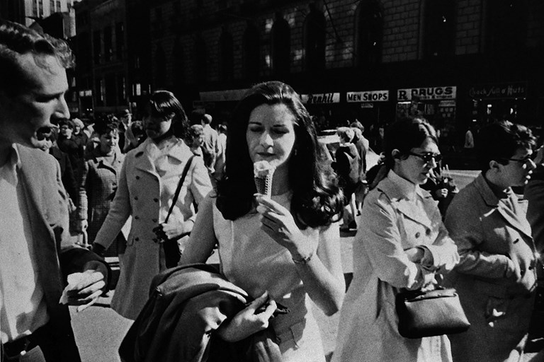 Winogrand - Ice Cream 1