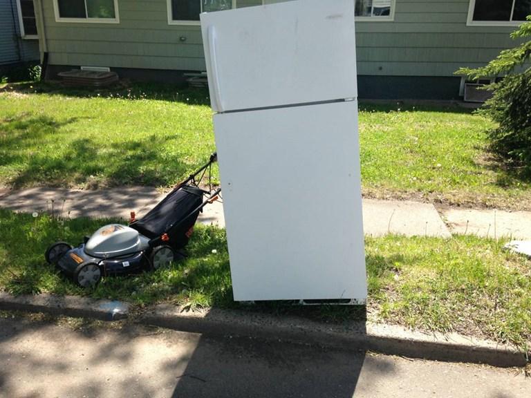 """33"""" white fridge/electric lawn mower"""