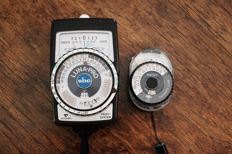Gossen Luna Pro SBC vs Sekonic Twinmate L-208 Size Comparison