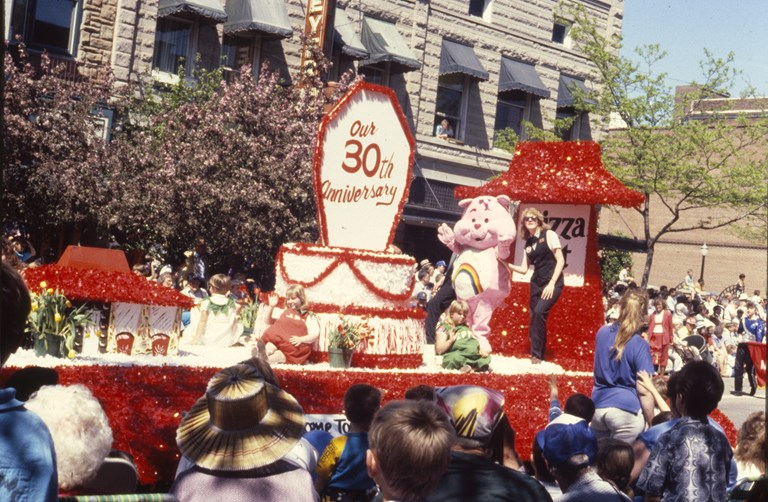 Pizza Hut 30th Anniversary Parade Float - May 1988
