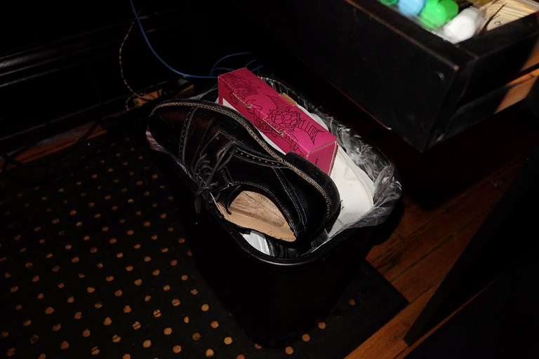 Night 1: Shoes In The Garbage