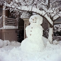 Beer Can Snowman